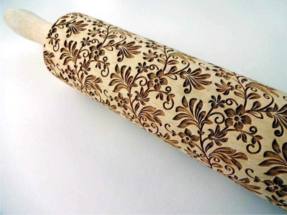 FLORAL WREATH embossing rolling pin
