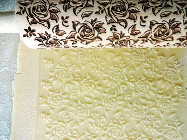 BLOSSOMS WALTZ embossing rolling pin