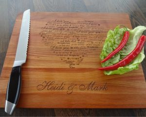 "Personalized cutting board ""I love you"""