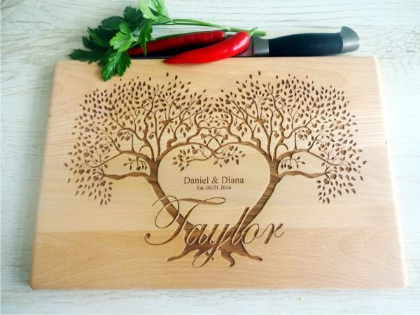 "Personalized cutting board ""Couple tree"""