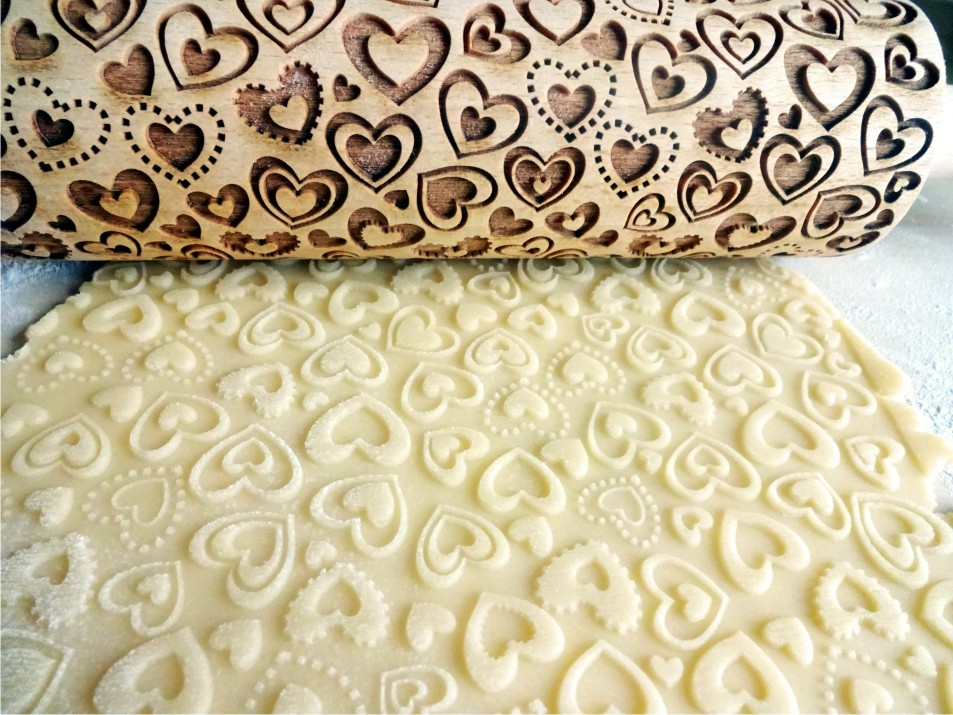 HEARTS Embossing Rolling Pin