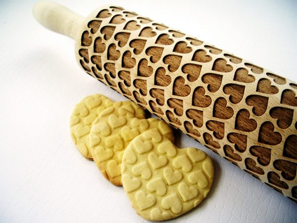 COUPLE HEARTS Embossing Rolling Pin